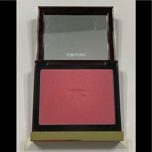 Gently used Tom Ford blush - Wicked